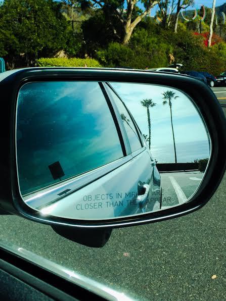 object-in-mirror