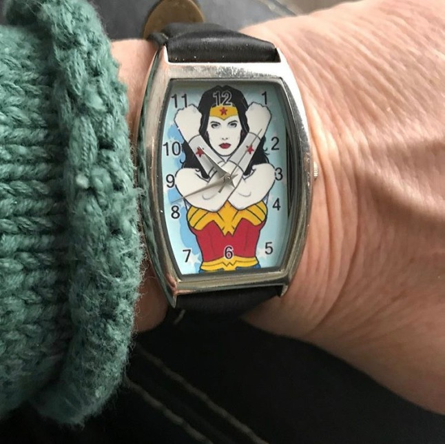 woner woman watch