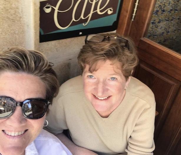 seville glam selfie 106